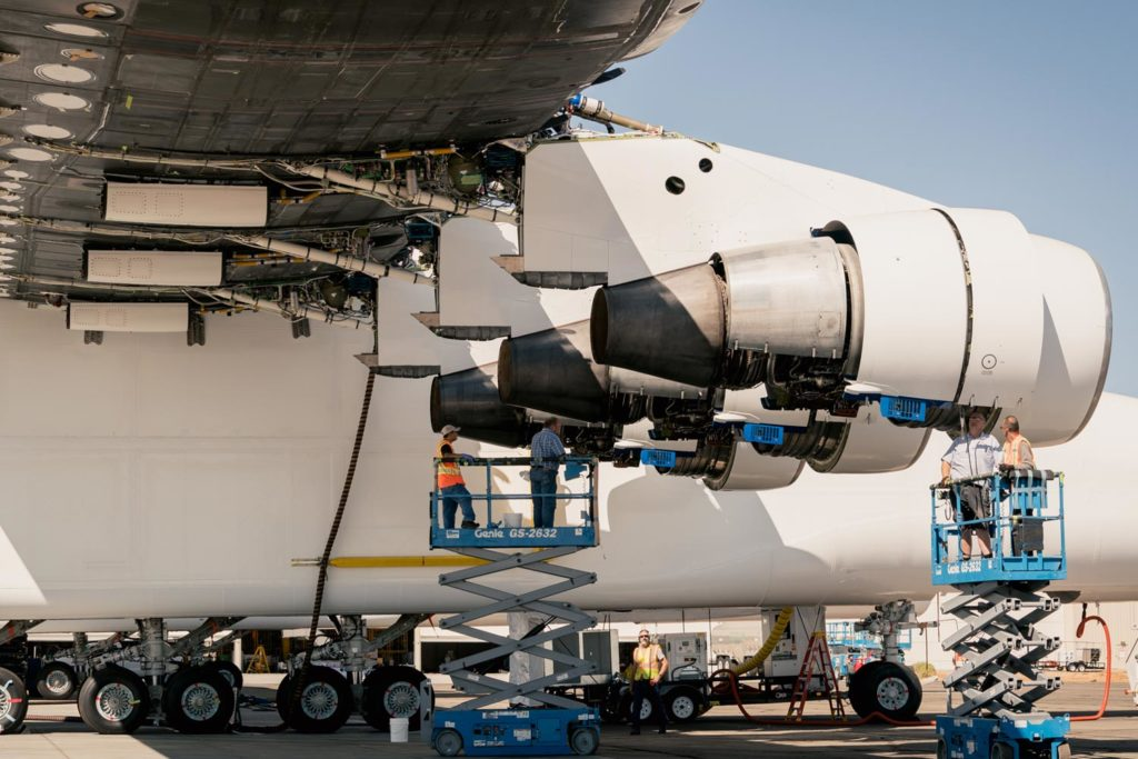 Stratolaunch-engine-test