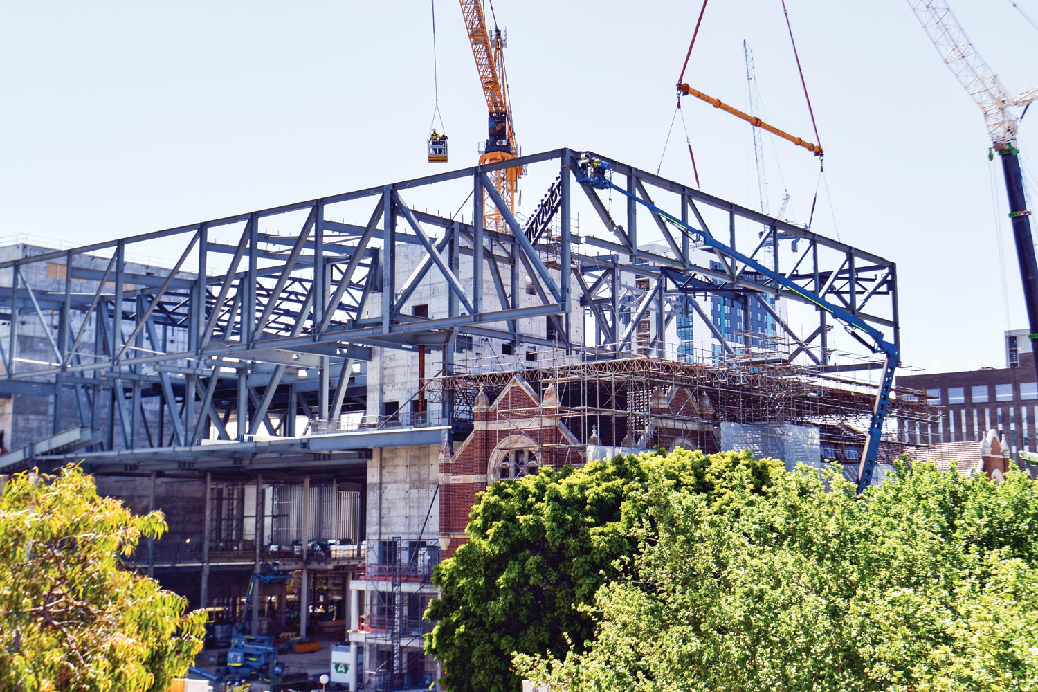 Putting the cantilever into place. (Image: WA Museum)