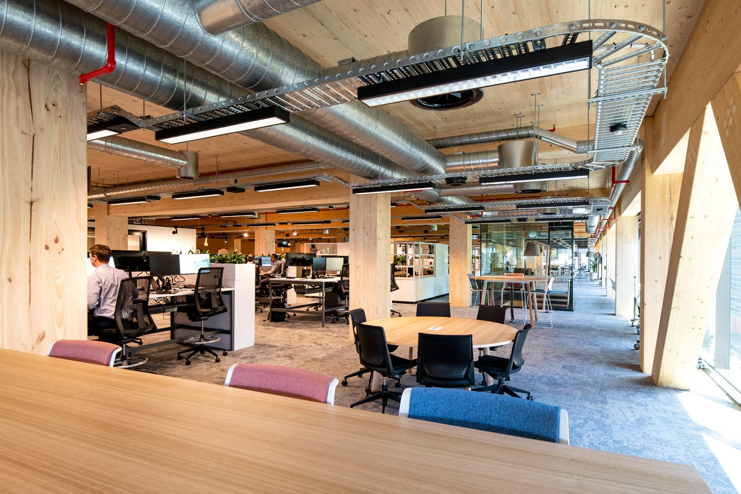 Wood-structures-interior-office-space