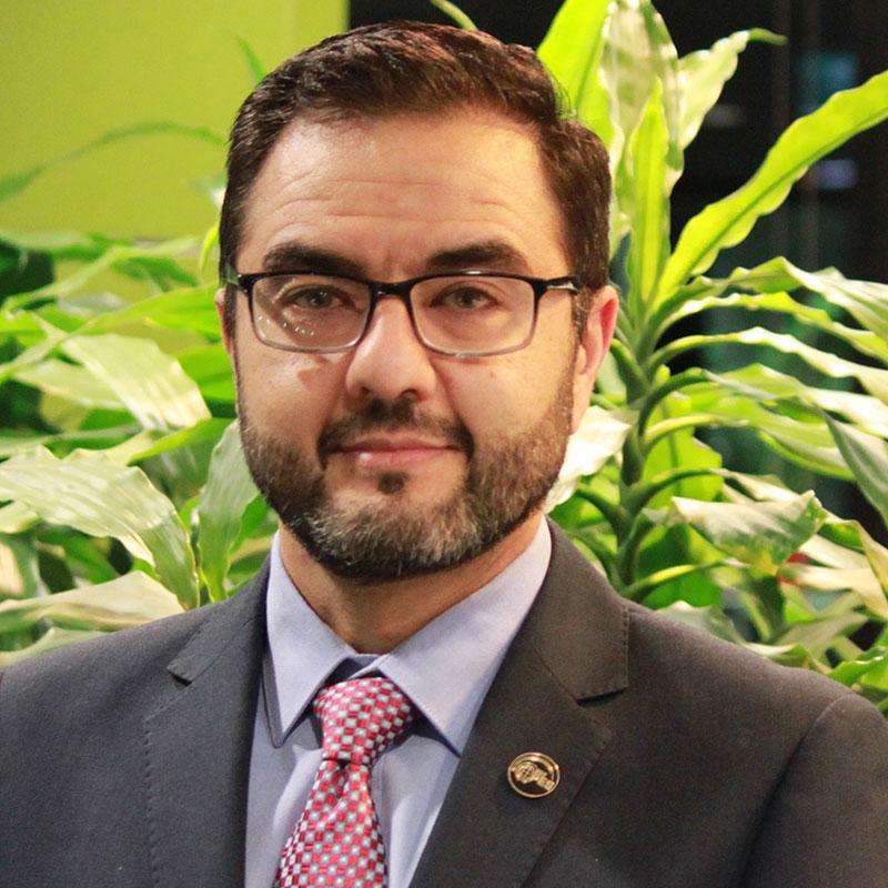 Dr Daniel Eghbal
