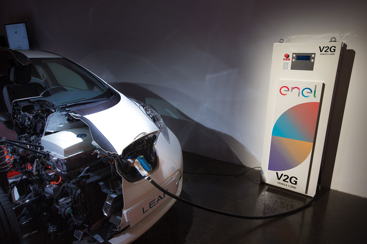 vehicle to grid trial with electric vehicle battery storage
